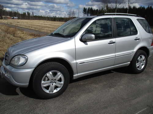 MB ML 270 CDi Limited Edition 4wd A. H. 10900 € mrgvero